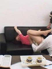 Jav Asian doll in pink blouse is recorded having pussy licked
